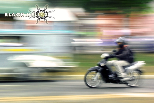 prelim shot: moving subjects motorcycle