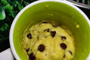 chocolate chip mug cookie